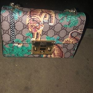 New Gucci shoulder/crossbody bag